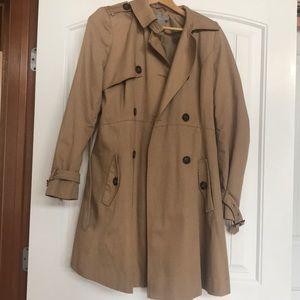 Maternity trench coat size 6